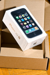 Authentic Apple iPhone 3GS 32GB Unlocked :